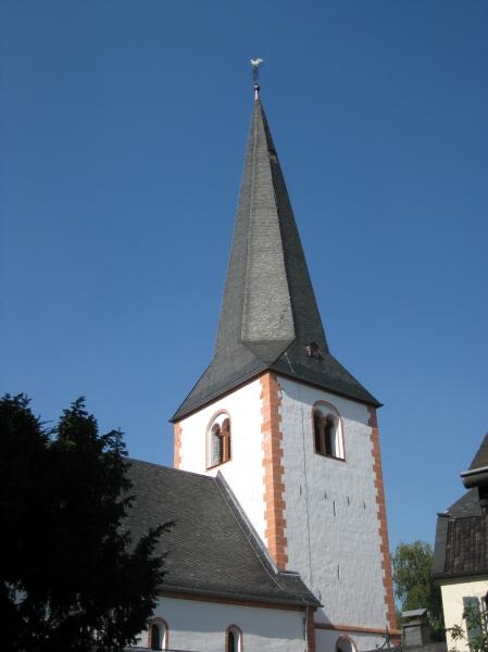 Sankt Laurentius Kirche, Lessenich